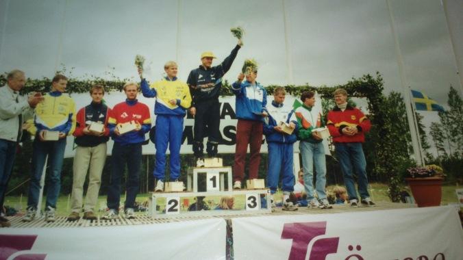 Prispallen 96. Jörgen Mårtensson vann på 86:40. Han hade inte fixat den tiden idag... (foto från klippbok i klubbstugan)